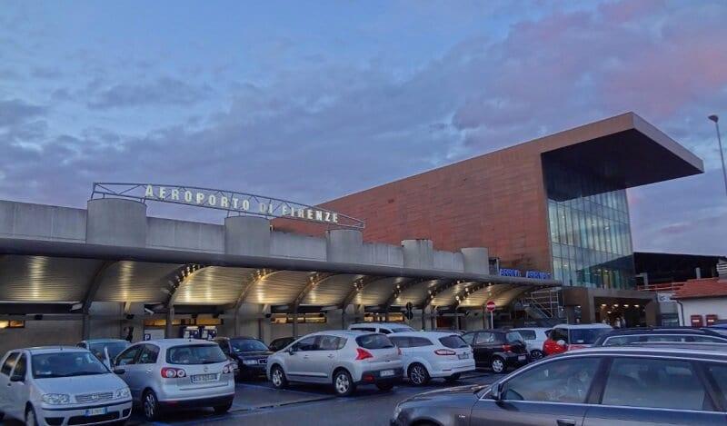 Aeroporto de Florença na Itália